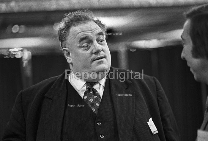 Cyril Smith, Financial Times conference on globalisation 1973 - NLA - 1973-11-29
