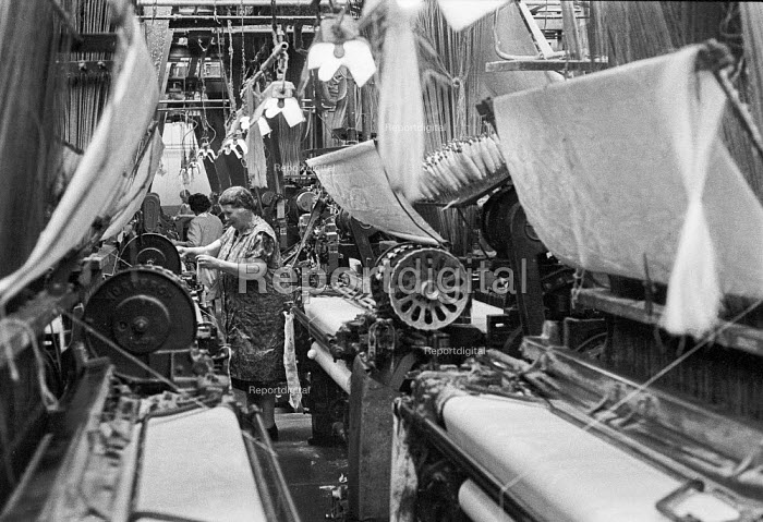 Woman working in a weaving mill, Northern Ireland 1970 - NLA - 1970-06-16