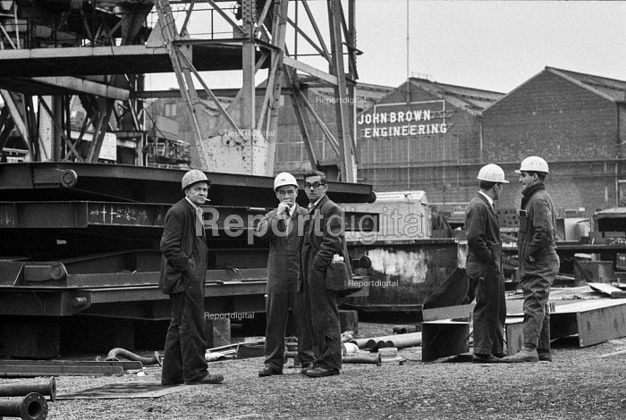 Workers at John Brown Engineering, Upper Clyde Shipyards, during the work in 1971 - Martin Mayer - 1971-06-23