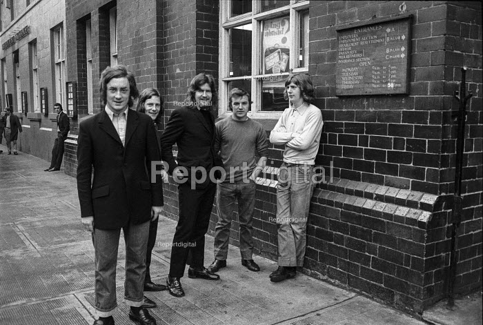 Young men outside the employment exchange, Clydebank, Glasgow 1971 - Martin Mayer - 1971-06-23