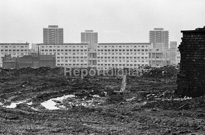 New high rise council housing under construction, Manchester 1973 - Martin Mayer - 1973-02-20