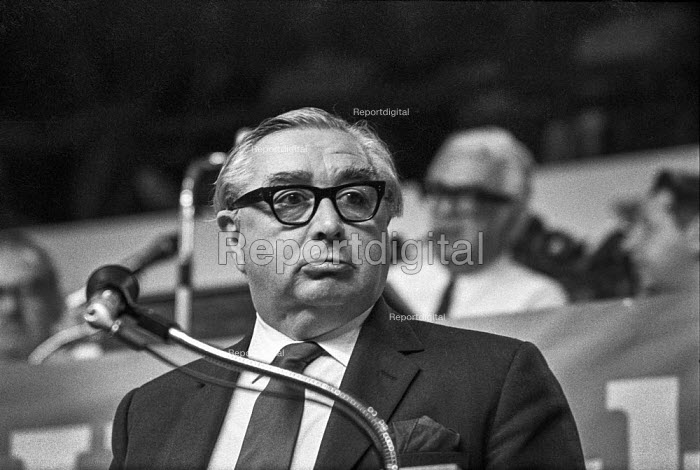 George Brown speaking Labour Party conference 1971 - Peter Arkell - 1971-10-05
