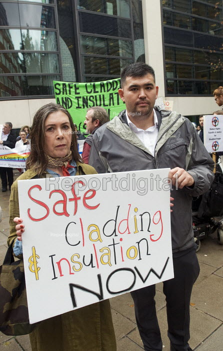 Dave Shek FBU, Safe Cladding and Insulation Now protest, MHCLG, London. Following the Grenfell tragedy, protest demanding safe cladding for housing and public sector buildings and proper insulation from the cold for tenants - Stefano Cagnoni - 2018-10-17
