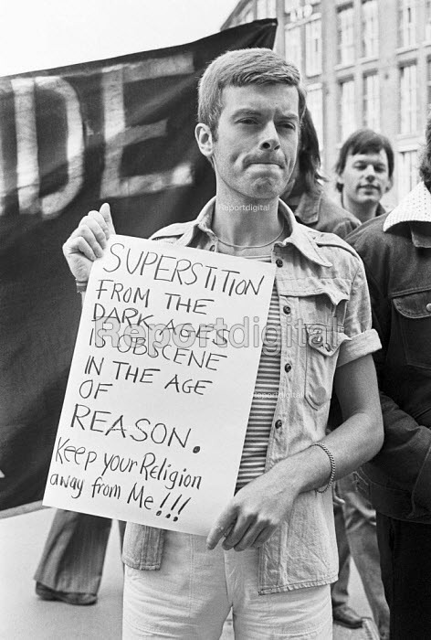 """Gay News blasphemy trial, The Old Bailey, London 1977 after the magazine published the poem """"The love that dares to speak its name"""". The case was brought by Mary Whitehouse - Peter Arkell - 1977-07-12"""