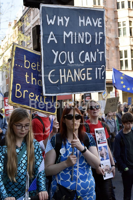 Peoples Vote March for the Future. London protest demanding a second referendum on the Brexit deal - Stefano Cagnoni - 2018-10-20