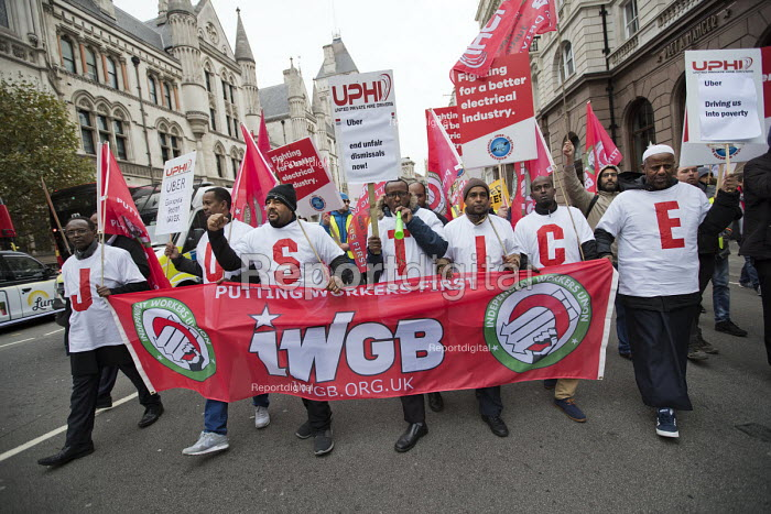 Rise of precarious workers protest, supporting Uber drivers for employment rights in the High Court, organised by IWGB trade union, London - Jess Hurd - 2018-10-30