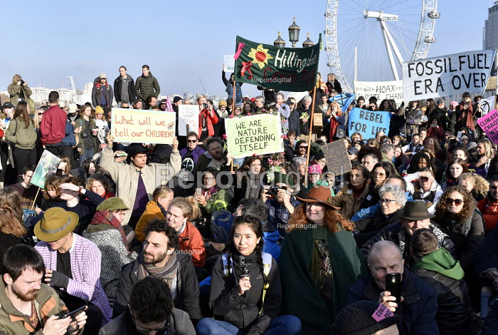 Extinction Rebellion protest against lack of Government action on climate change. London. Nonviolent direct action simultaneous blockading of five London bridges including Westminster Bridge - Stefano Cagnoni - 2018-11-17