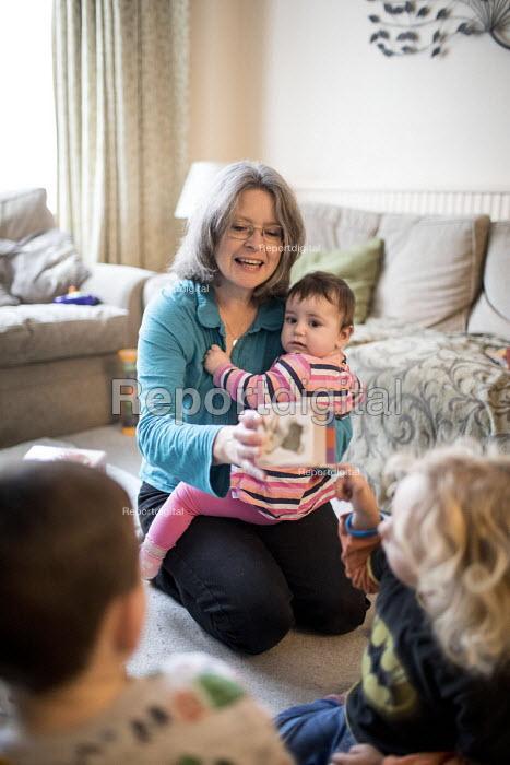 A childminder looking after children, Bristol - Paul Box - 2018-10-23