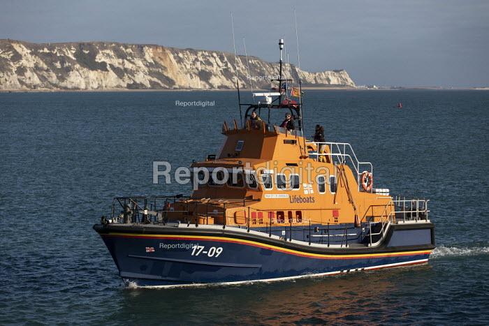 RNLI Dover on patrol, Fokestone, Kent - Jess Hurd - 2019-01-01