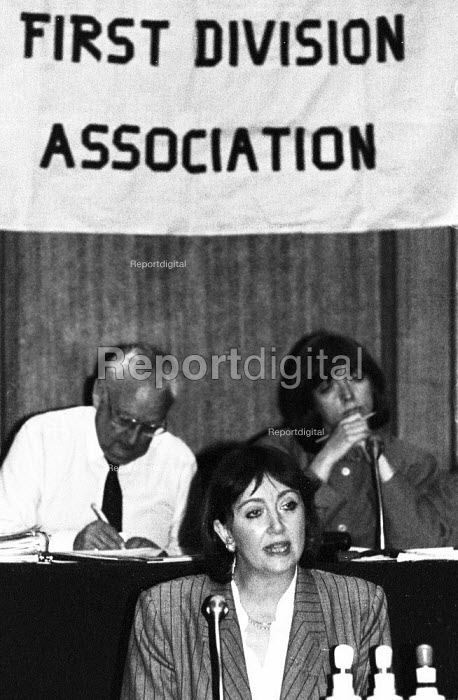 Liz Symonds FDA Gen Sec speaking, FDA ADC London 1989 - Stefano Cagnoni - 1989-05-11