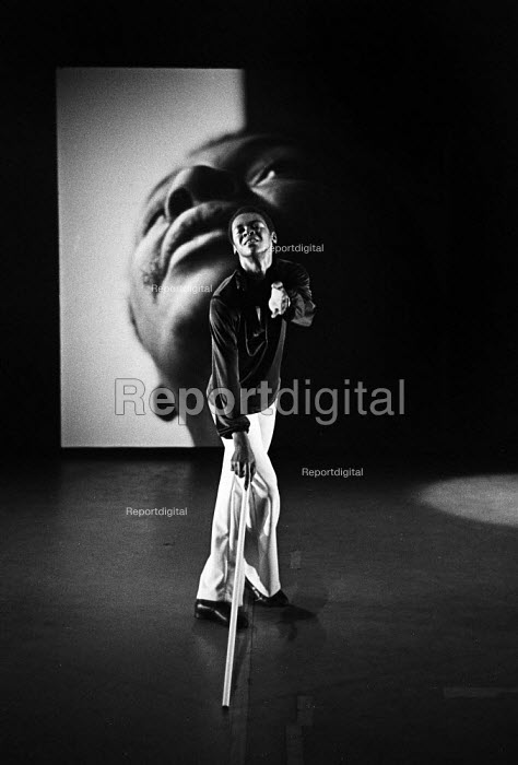 William Louther of the William Louther Dance & Theatre Corporation dance company perfoming Life Studies at The Place Theatre London 1976 - John Sturrock - 1976-08-11