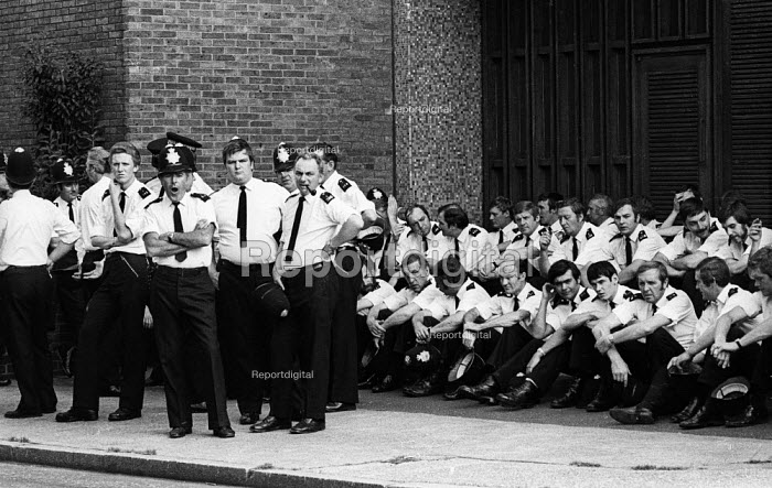 Police officers taking a break from policing an Anti Nazi League protest London 1978 - John Sturrock - 1978-06-18