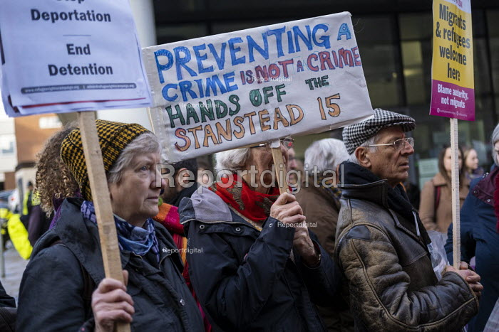 Rally for the Stansted 15 activists, Chelmsford Crown... - Jess Hurd, jj1902002.jpg