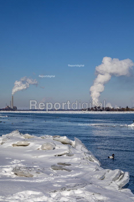 Marine City, Michigan, USA: Coal and oil fired power stations and chemical plants line the ice filled St. Clair River - Jim West - 2019-02-01