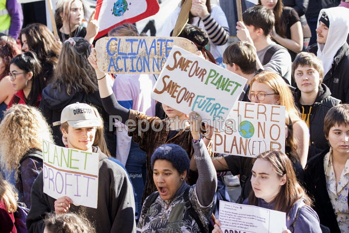 Climate strike students protest, Bristol - Paul Box - 2019-02-15