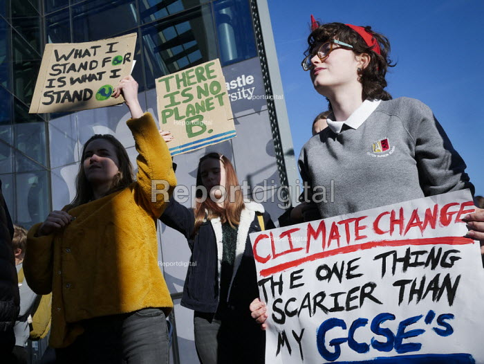 Youth strike against climate change, Newcastle University... - Mark Pinder, mp15021911.jpg