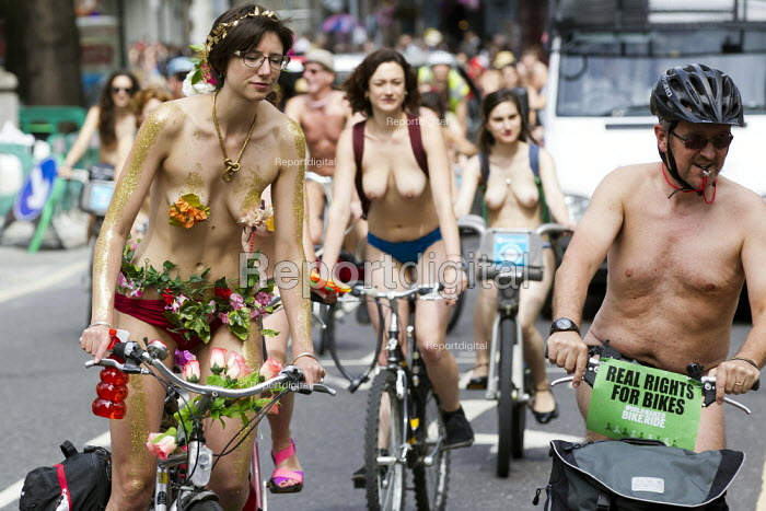 Real Rights for Bikes. World Naked Bike Ride. London. - Jess Hurd - 2014-06-14