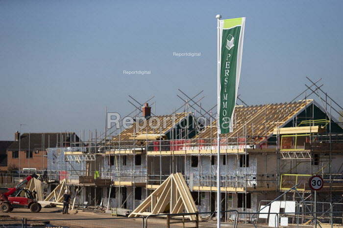 Persimmon housebuilding, Wellesbourne, Warwickshire. Persimmon enjoyed a 31% operating profit margin subsidised by the help-to-buy scheme - John Harris - 2019-02-27