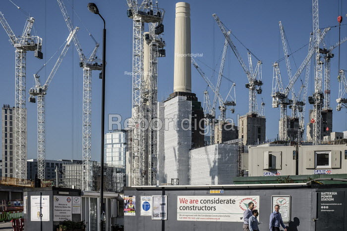 Battersea Power Station development, Nine Elms regeneration zone, London. The zone will include two new tube stations, the new US Embassy building and 20,000 new homes with prices up to �9 million - Philip Wolmuth - 2019-02-26