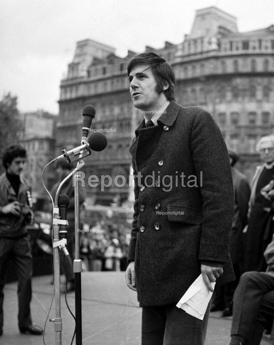 Paul Foot speaking, Anti Apartheid rally Trafalgar Square London 1970 - Chris Davies - 1970-10-25
