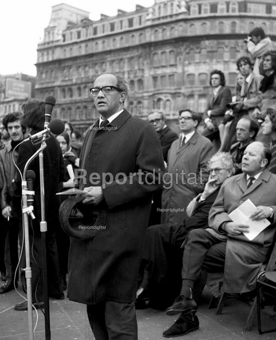 Reggie September speaking, Anti Apartheid rally Trafalgar Square London 1970 One of the principal founders of the South African Coloured Peoples Organisation and a member of the ANC speaking at Anti Apartheid rally Trafalgar Square London 1970 - Chris Davies - 1970-10-25