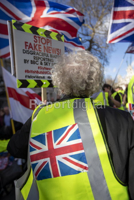 UK UNITY ORG Yellow Vest pro Brexit protest, Westminster, London. Stop BBC and Sky TV Fake News - Jess Hurd - 2019-03-09