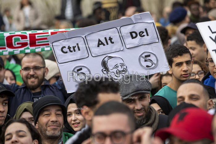Algerians protest for regime change in Algeria, Westminster, London - Jess Hurd - 2019-03-09