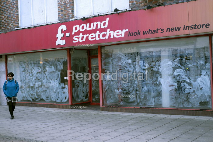 Closed Pound Stretcher shop, high street, Hereford, Herefordshire - Jess Hurd - 2019-03-04