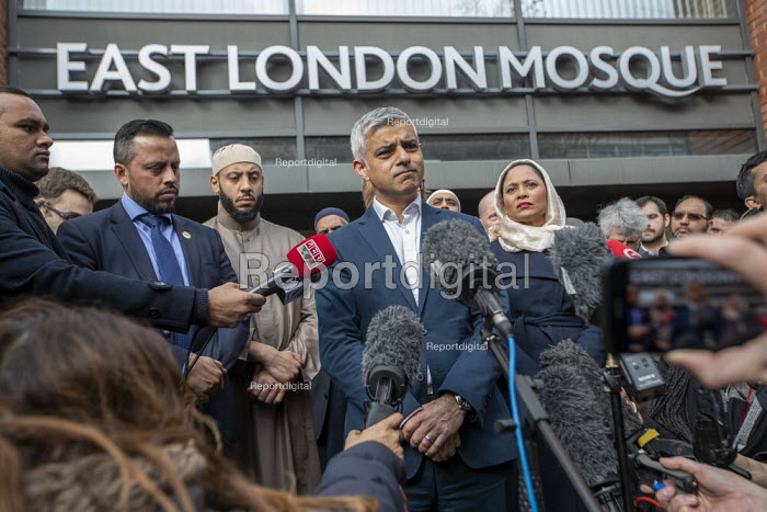 London Mayor Sadiq Khan, faith leaders and politicians condemning Islamophobia after the New Zealand Mosque terrorist attacks, East London Mosque, Tower Hamlets, East London. - Jess Hurd - 2019-03-15