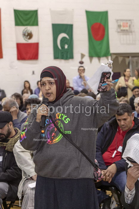 Hamtramck, Michigan USA : Public hearing opposing expansion of US Ecology hazardous waste facility in a low income, mostly immigrant neighborhood. The meeting was held by the Michigan Department of Environmental Quality, which will approve or deny the expansion permit - Jim West - 2019-03-28