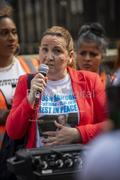 Operation Shutdown, Stop The Violence, end knife crime protest, Westminster Bridge, London. Tracey Hanson, mother of Joshua Hanson - Jess Hurd - 2019-04-17