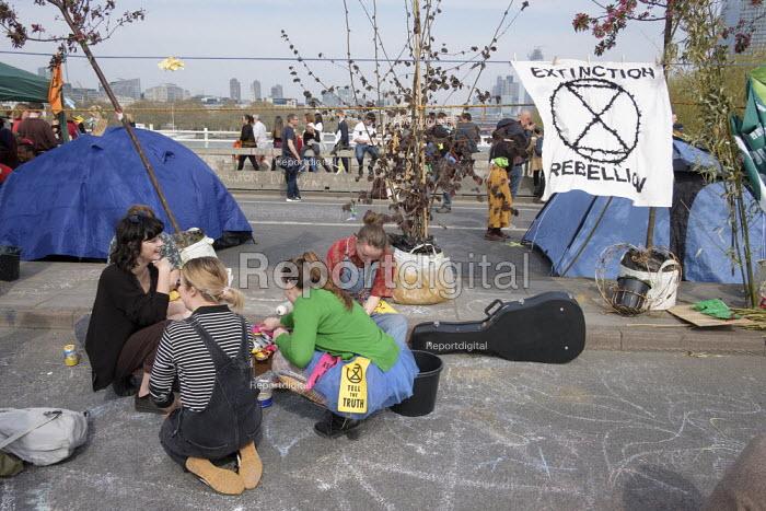 Extinction Rebellion climate change campaigners occupy Waterloo Bridge, London - Philip Wolmuth - 2019-04-18