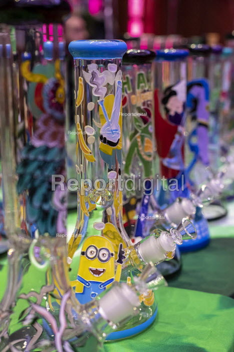 Mt. Pleasant, Michigan, USA, Bongs, 420 Canna Expo, a trade show for companies selling goods and services for the medical and recreational marijuana industry. Michigan legalized recreational marijuana in 2018. - Jim West - 2019-04-20