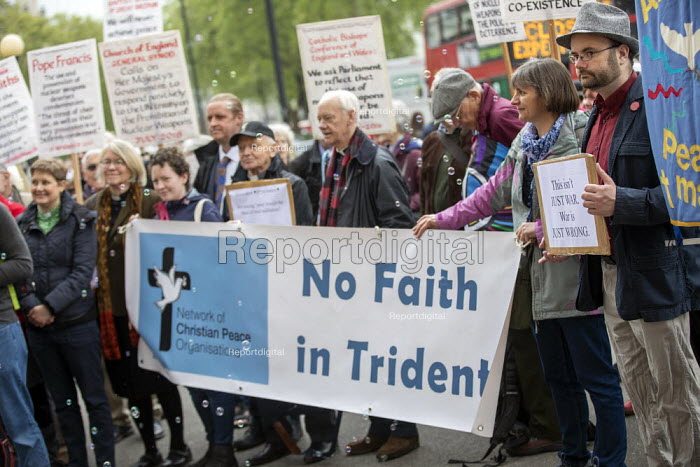CND Anti nuclear war protest Westminster Abbey, London. 500 people took part in a CND protest and Christian CND vigil outside Westminster Abbey to oppose a thanksgiving service to mark 50 years of Britain's Continuous At Sea Nuclear Deterrent - Jess Hurd - 2019-05-03