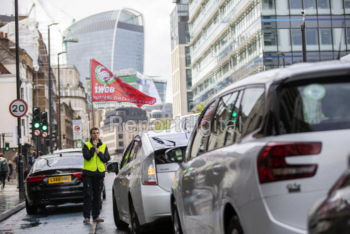Uber drivers strike for £2 a mile, reduced commission, rights at work and no unfair dismissals, as Uber issue their IPO, Uber office, Whitechapel, East London - Jess Hurd - 2019-05-08
