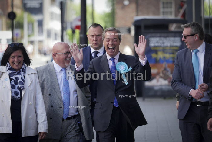 Nigel Farage, Brexit Party, Newcastle Upon Tyne, European parliament elections campaign - Mark Pinder - 2019-05-20