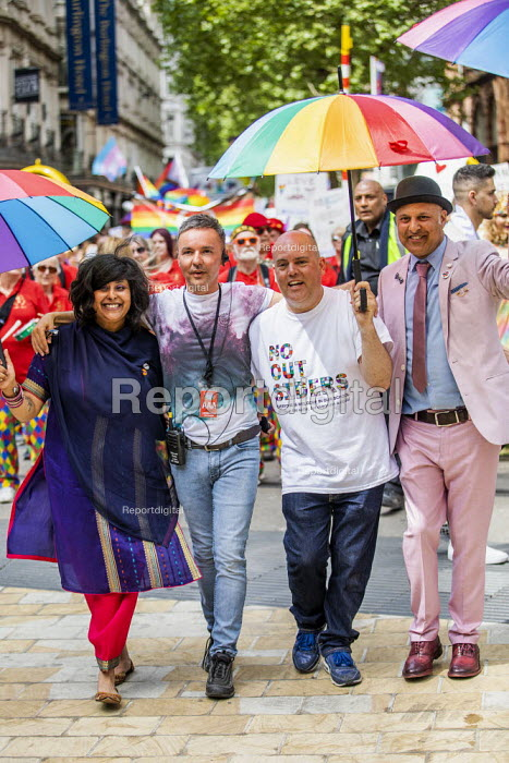 Andrew Moffat, assistant head teacher at Parkfield Community School and pioneer of the No Outsiders programme leading the Birmingham Gay Pride Parade with LGBT+ Muslim campaigners - Jess Hurd - 2019-05-25