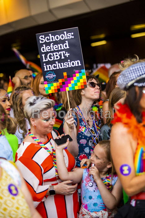Parents and teachers supporting inclusion and equality, Birmingham Gay Pride - Jess Hurd - 2019-05-25