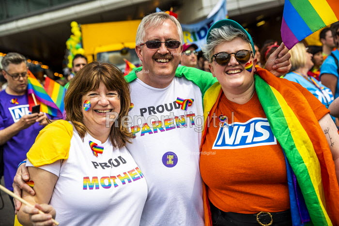 Proud Parents, NHS staff, Birmingham Gay Pride - Jess Hurd - 2019-05-25