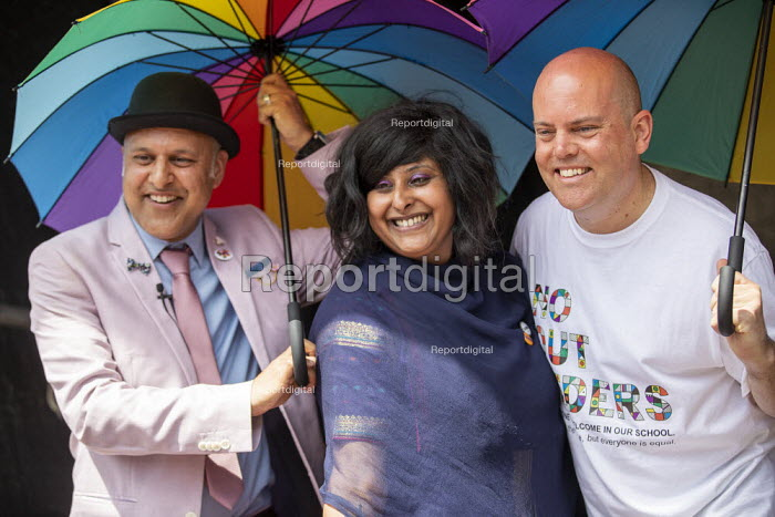 Andrew Moffat (R) assistant head teacher at Parkfield Community School and pioneer of the No Outsiders programme leading the Birmingham Gay Pride Parade with LGBT+ Muslim campaigners - Jess Hurd - 2019-05-25