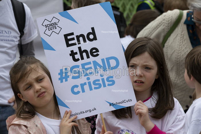 Protest at SEND funding cuts by families with children who have special educational needs and disabilities, Leamington Spa - John Harris - 2019-05-30