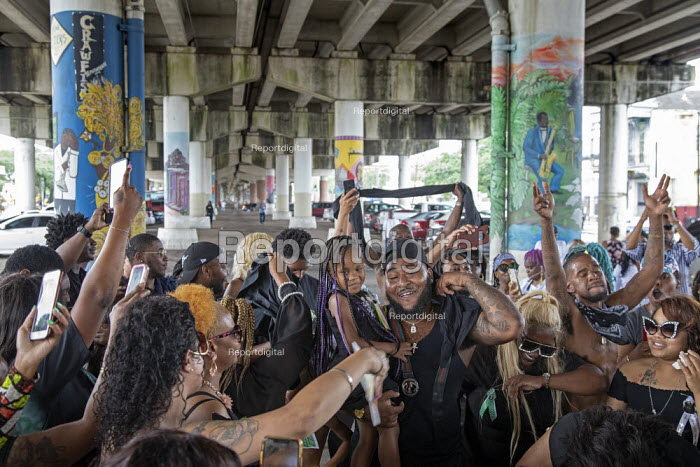 New Orleans, Louisiana, USA: Funeral procession ends under the Interstate highway - Jim West - 2019-05-11