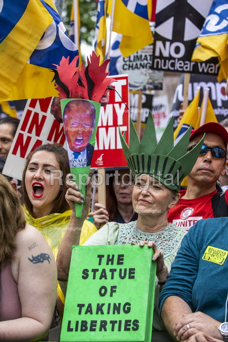 Together Against Trump, stop the state visit protest against Donald Trump, London. The Statue of Taking Liberties - Jess Hurd - 2019-06-04