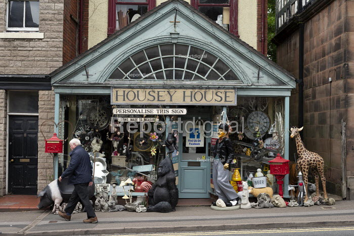 Housey House, antiques and gifts, Leek, Staffordshire - John Harris - 2019-06-10