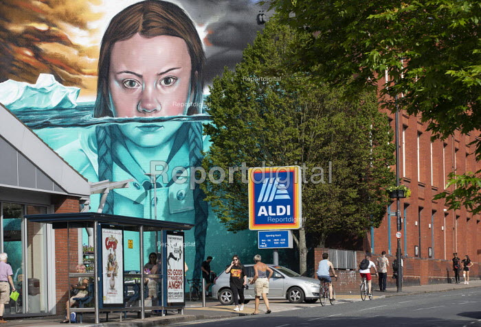 Greta Thunberg mural Bristol, painted by Jody Thomas a Bristol Graffiti artist. It depicts Swedish climate change activist Greta Thunberg being submerged in water as global warming melts the icecaps raising sea levels - Paul Box - 2019-06-28