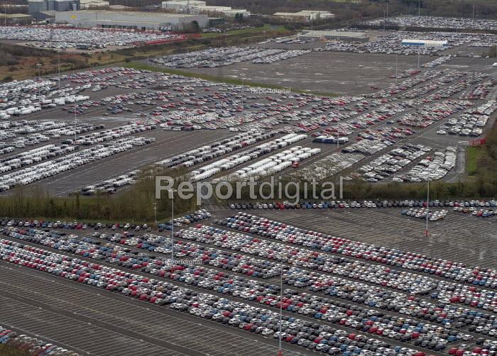 Royal Portbury Dock, Avonmouth, automotive import and export of Mitsubishi and Toyota vehicles - Paul Box - 2019-01-23