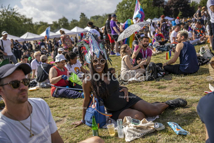 Pregnant woman, UK Black Pride, Haggerston Park, East London - Jess Hurd - 2019-07-07