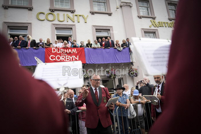 Durham for Corbyn, 2019 Durham Miners Gala, band and the balcony of the County Hotel - Mark Pinder - 2019-07-13