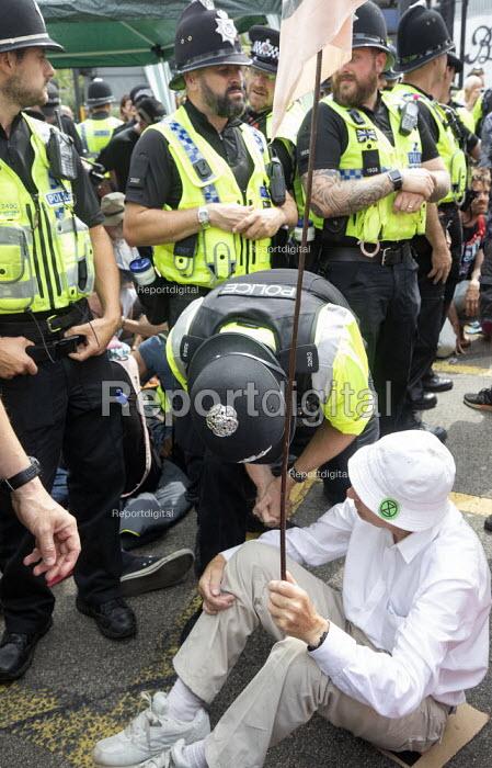 Extinction Rebellion protest, Bristol - Paul Box - 2019-07-17