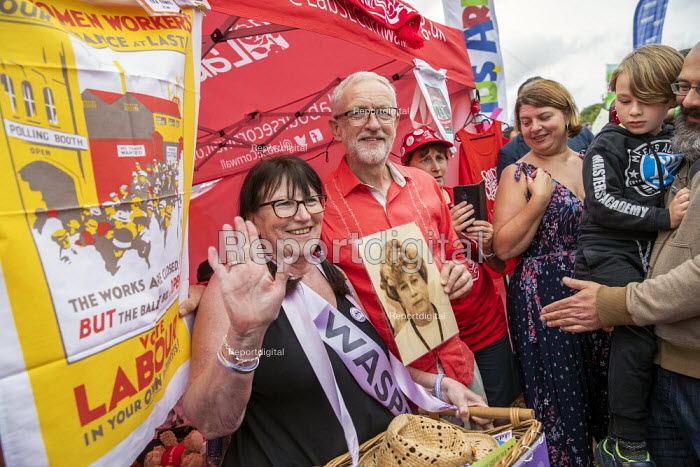 Jeremy Corbyn with a Waspi woman, who was taught by his mother (pictured), Tolpuddle Martyrs Festival, Dorset. - Jess Hurd - 2019-07-21